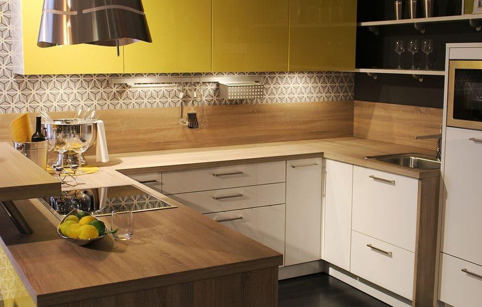 Kuchyn na m ru rady tipy vychyt vky harmonie design for Fattoria moderna a 2 piani