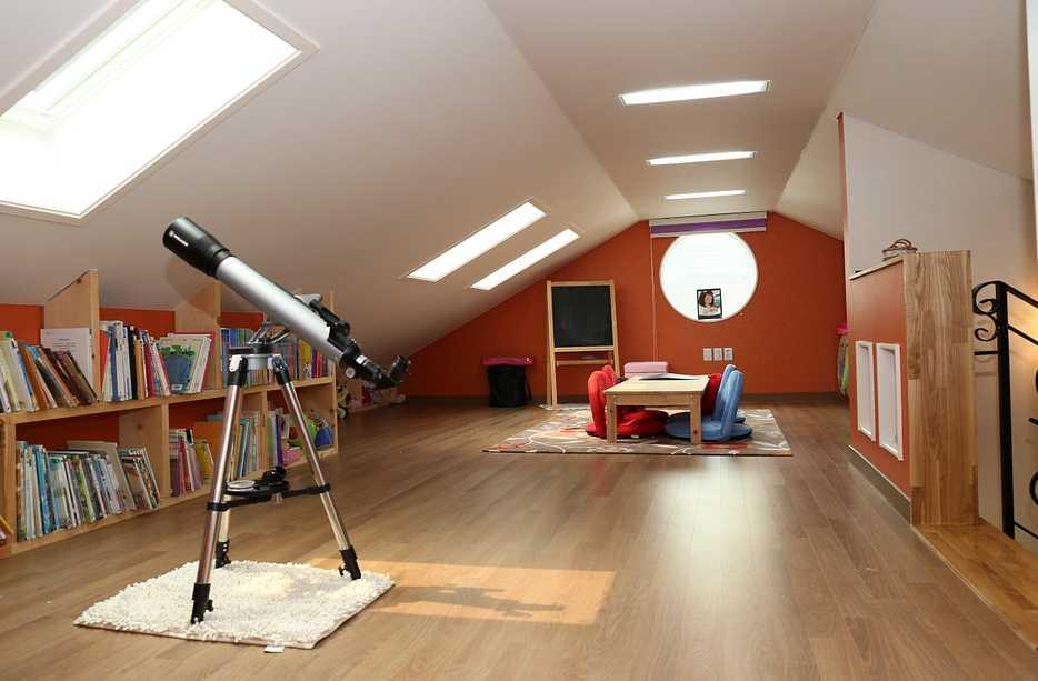 Do podkroví se hodí světlé barvy, pixabay.com