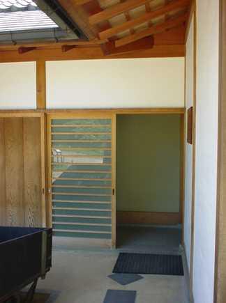 Posuvnými stěnami japonských dom ůse můžeme inspirovat i my, freeimages.com