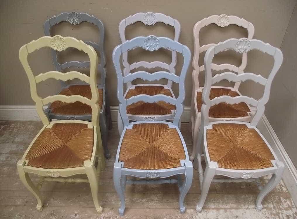Židle i stůl by spolu měly vzájemně ladit, flickr.com