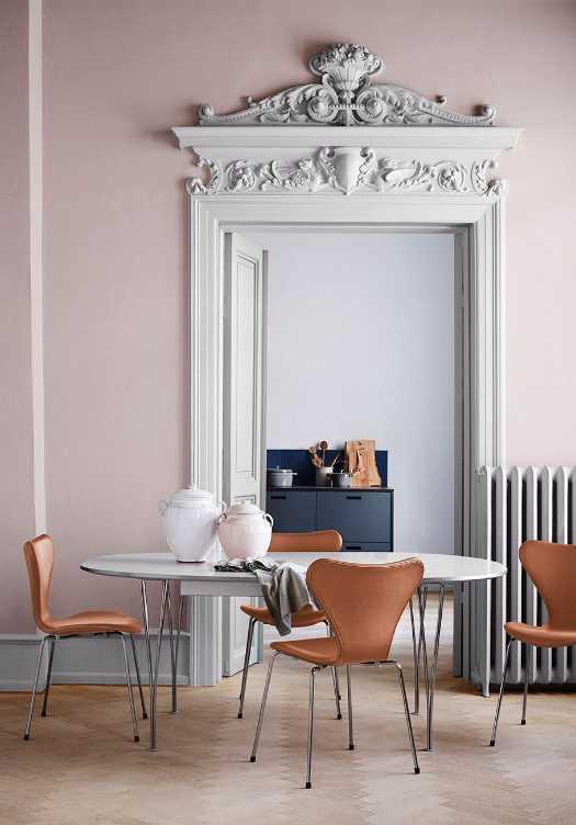 Pokud chcete značkové retro, vsaďte třeba na židli Series 7 od Arne Jacobsena, fritzhansen.com