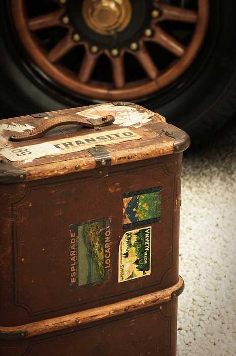 Uvedené postupy můžete vyzkoušet i na starých cestovních zavazadlech, pixabay.com
