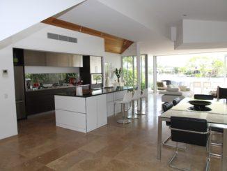 Obývák s kuchyní