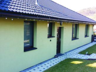 Hliníkové dveře dům